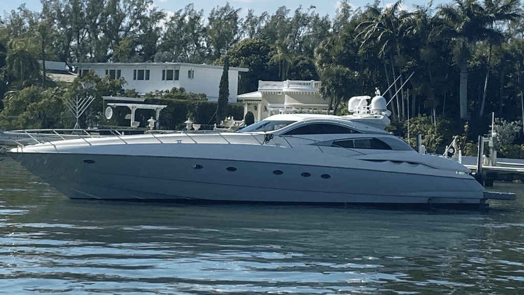 Yacht Charter in Miami